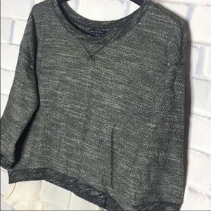 🍂American Eagle Gray Medium Sweater Cream Hem
